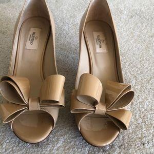 Valentino peep toe kitten heels
